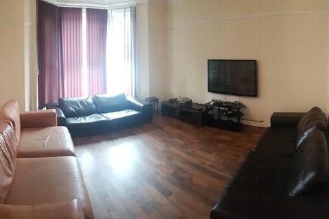 9 bedroom property to rent - Egerton Road, Fallowfield, Manchester, Bills included