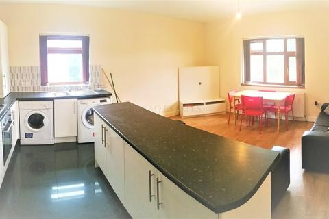 5 bedroom apartment to rent - Egerton Road, Fallowfield