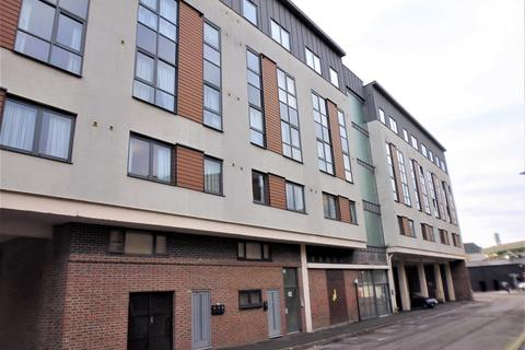 2 bedroom flat to rent - M-3, Salisbury Street, SO15
