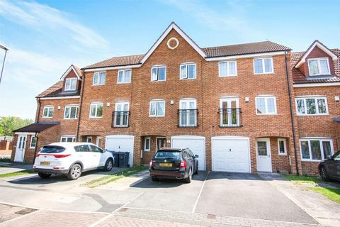 4 bedroom townhouse for sale - Teal Close, Wombwell, BARNSLEY, South Yorkshire