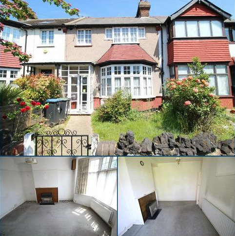 3 bedroom terraced house for sale - Porlock Road, Enfield, Middlesex