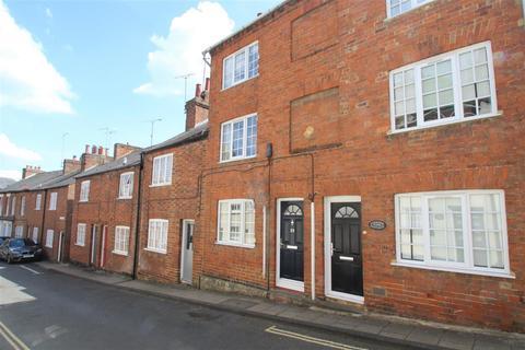 2 bedroom property to rent - Well Street, Buckingham