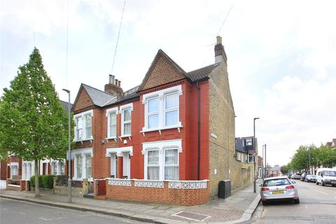 4 bedroom end of terrace house for sale - Cathles Road, Clapham South, London, SW12