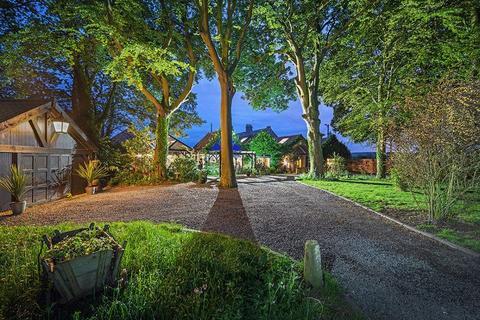 4 bedroom semi-detached house for sale - Holywell Grange, East Holywell, Newcastle Upon Tyne