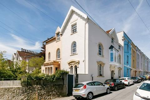 4 bedroom terraced house for sale - Anglesea Place, Clifton