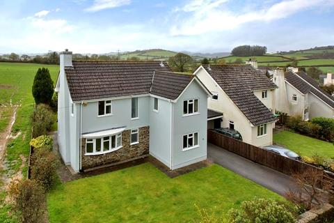 4 bedroom detached house to rent - Pennywell Close, Landscove