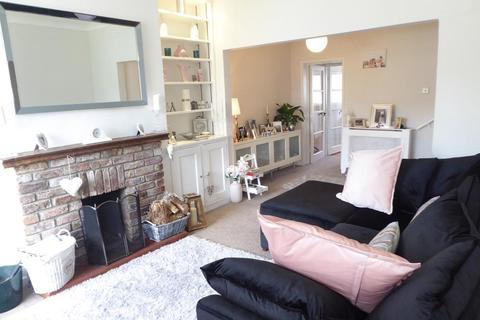 2 bedroom house to rent - Church Road, North Ferriby, Hull, East Yorkshire, HU14 3AA