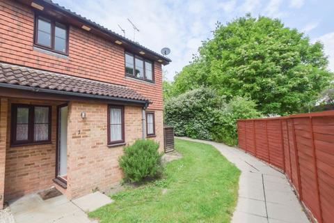 2 bedroom maisonette to rent - ALBION WAY, EDENBRIDGE