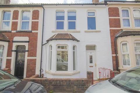 3 bedroom terraced house to rent - Hayward Road, Bristol
