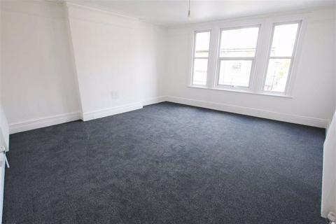 2 bedroom duplex to rent - Northenden Road, Sale