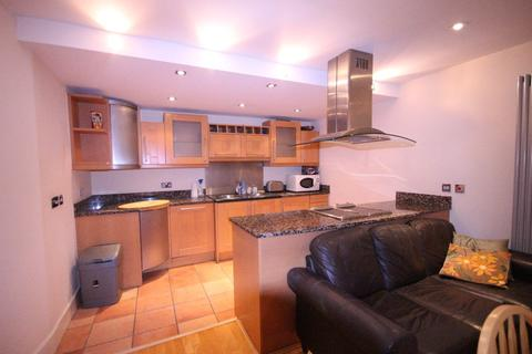 3 bedroom apartment to rent - Millharbour