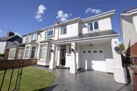 4 bedroom semi-detached house for sale - Briarwood Crescent, Walkerville, Newcastle Upon Tyne, NE6