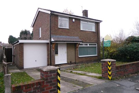 3 bedroom detached house for sale - Falmer Close, Abbey Hey, Manchester