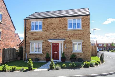 3 bedroom detached house for sale - The Pasture, Newton Aycliffe