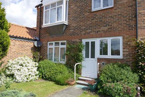 1 bedroom flat for sale - Stewart Court, Pocklington