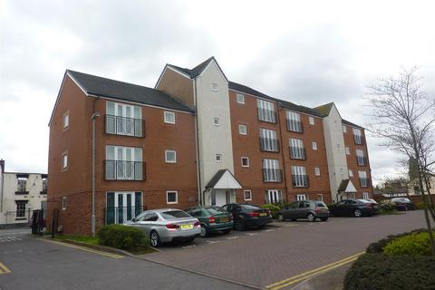 2 bedroom flat to rent - York House, Terret Close, Walsall