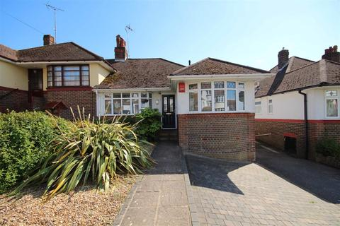 3 bedroom semi-detached house for sale - Wilmington Way, Patcham, Brighton