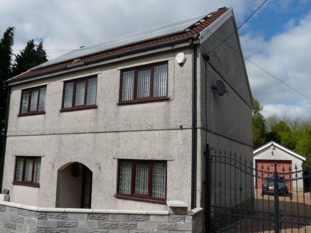 3 Bedrooms Detached House for sale in 66 Cwmfelin Road, Llanelli, Carmarthenshire