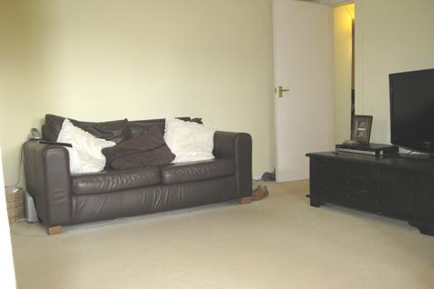 1 bedroom flat to rent - Rosehill House, Emmer Green