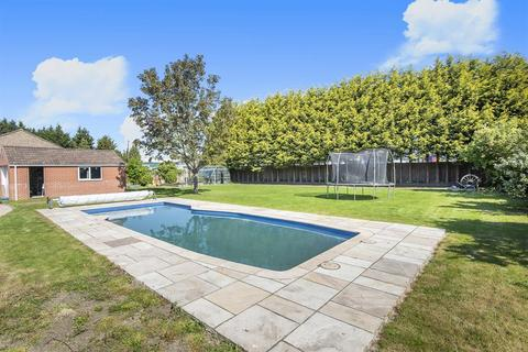 5 bedroom detached house for sale - New Dale House, Hull Road, Hemingbrough, Selby, YO8 6QG