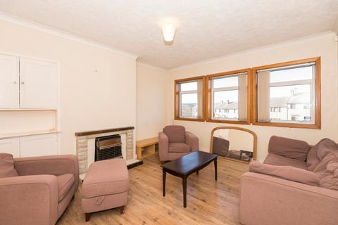 3 bedroom flat to rent - Montrose Drive , City Centre, Aberdeen, AB10 7BX