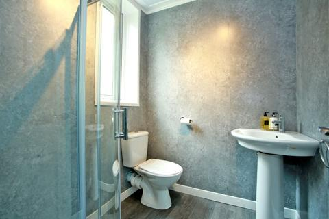 2 bedroom flat to rent - Ruthrieston Circle, City Centre, Aberdeen, AB10 7LU