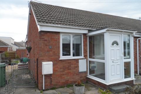 3 bedroom bungalow for sale - Ambleside Avenue, Poulton, FY6 0NF