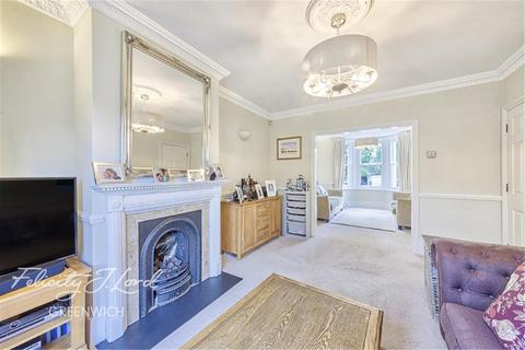 4 bedroom detached house to rent - Devonshire Drive