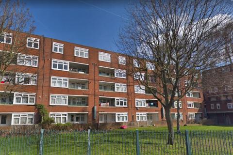 3 bedroom maisonette to rent - Edgecot Grove, South Tottenham, London, London N15