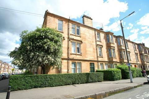 3 bedroom flat for sale - Kenmure Street, Flat 2/2, Pollokshields , Glasgow, G41 2JG
