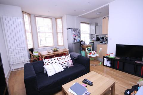 2 bedroom flat to rent - Primrose Gardens, Primrose Hill