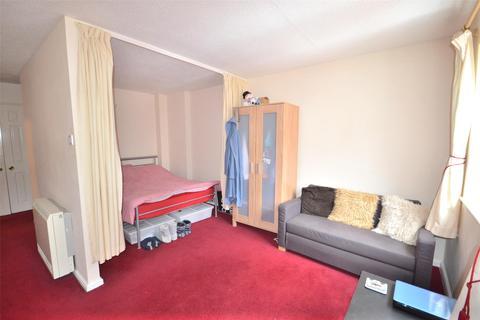 1 bedroom flat to rent - Studio apartment, Bedford Court, Bath, BA1