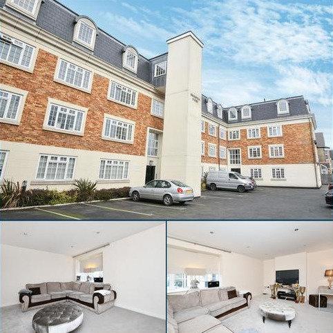 3 bedroom flat to rent - Tweedy Road Bromley BR1