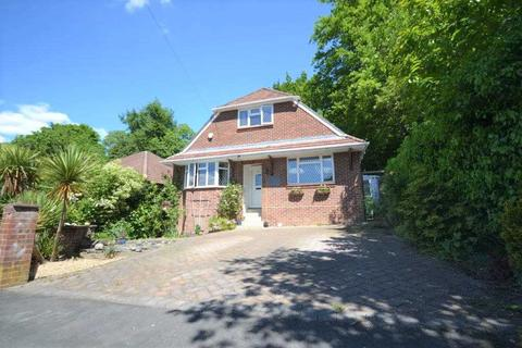 3 bedroom bungalow for sale - Barnes Road, Southampton