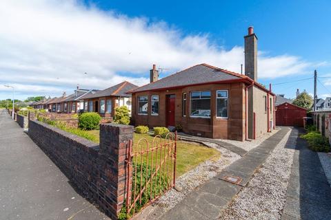 2 bedroom detached bungalow for sale - 27 Highfield Avenue, Prestwick, KA9 2ET