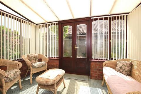 3 bedroom detached bungalow for sale - Copperfields, Lydd, Romney Marsh, Kent