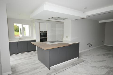 3 bedroom apartment to rent - Lake Drive, Tidbury Green