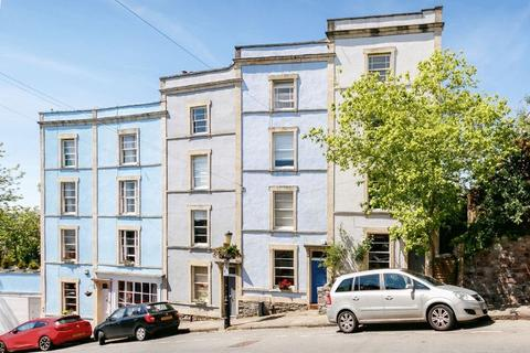 4 bedroom terraced house for sale - Ambra Vale, Cliftonwood
