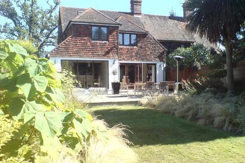 3 bedroom semi-detached house to rent - School House Lane, Horsmonden, Kent, TN12 8BW