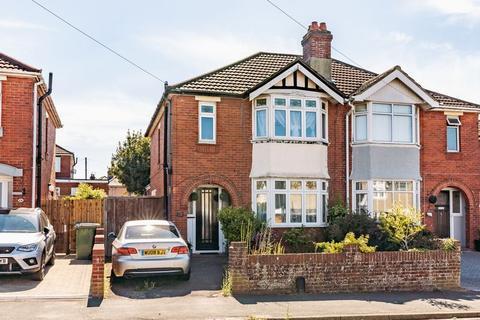 3 bedroom semi-detached house for sale - Prince Of Wales Avenue, Regents Park, Southampton