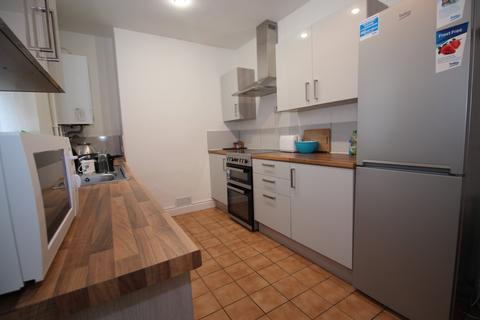 4 bedroom house to rent - Hazel Street, Leicester,