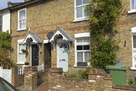 2 bedroom cottage for sale - Queens Road, Thames Ditton, KT7