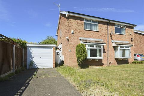 2 bedroom semi-detached house to rent - Garton Close, Cinderhill, Nottinghamshire, NG6 8RZ