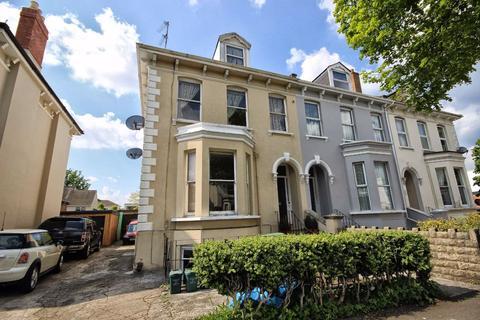 6 bedroom semi-detached house for sale - Hewlett Road, Fairview, Cheltenham, GL52