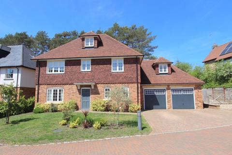4 bedroom house to rent - Heath and Reach