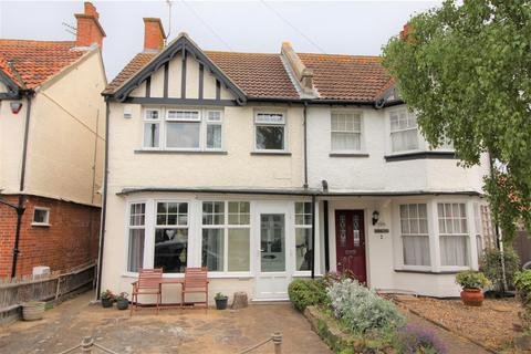 3 bedroom semi-detached house for sale - St. Marys Road, Frinton-On-Sea
