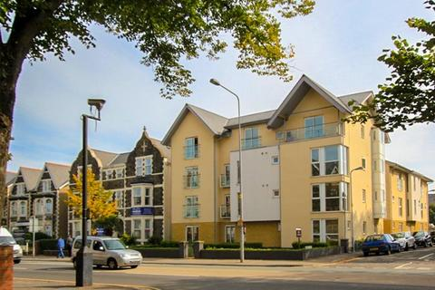 Studio to rent - Central Court, Roath