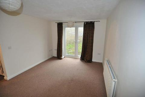 2 bedroom flat to rent - Sharket Head Close, Off Albert Road, Bradford