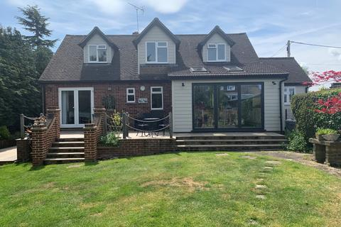 4 bedroom chalet for sale - Pitt Chase, Great Baddow, Chelmsford, CM2