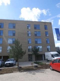 2 bedroom flat to rent - Northcroft House